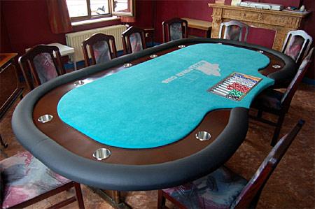 table de poker sur mesure cr tion tables de jeu tapis. Black Bedroom Furniture Sets. Home Design Ideas