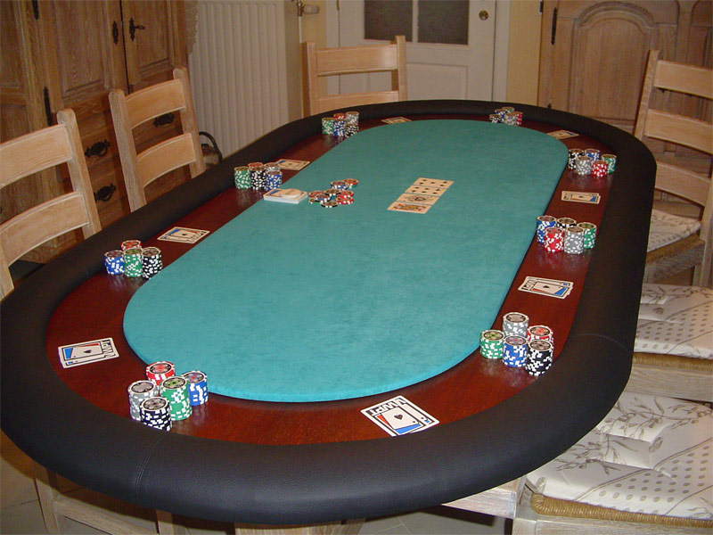 tapis de poker. Black Bedroom Furniture Sets. Home Design Ideas